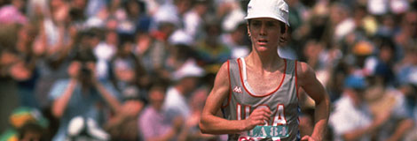 Los Angeles, 5 ao�t 1984: l'Am�ricaine Joan BENOIT, 1e, entame le tour final du marathon f�minin.